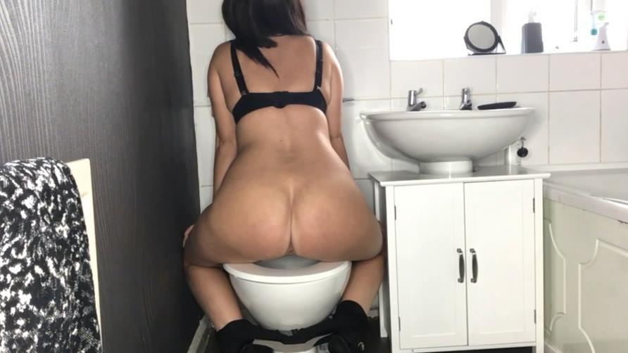 Toilet Amateur Shitting, Self Filmed Special #1045 2020 (1920x1080 FullHD)